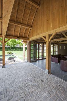cottage poolhouse zwarte ramen