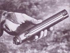 Sleeve gun BBC - History - World Wars: British Special Operations Executive (SOE): Tools and Gadgets Gallery