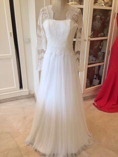 ¡Nuevo vestido publicado! Raimon Bundo 2014 mod. Indrid ¡por sólo 1700€! ¡Ahorra un 15%! http://www.weddalia.com/es/tienda-vender-vestido-novia/raimon-bundo-2014-mod-indrid/ #VestidosDeNovia vía www.weddalia.com/es
