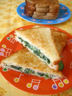 spinach sandwich for kids. Hmmmm not sure if my kids will eat this or not.  Worth a try!