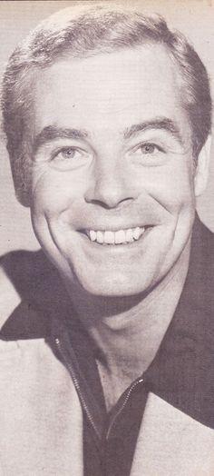 David O'Brien (Dr. Steve Aldrich).
