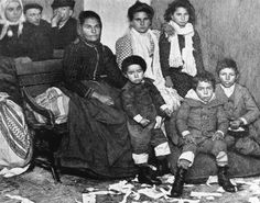 Old photos of Italian familis | An Man on the Move: The Italian Ethnic Group | Crime and Drama: The ...