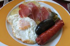 Eating in Las Alpujarras is a delicious way to taste the history of Spain. Recipes are rooted in Moorish origin, passed down and still devoured today. Chorizo, Quiche, Serrano Ham, Fried Eggs, Spanish Food, Pork Loin, Sausages, Tortillas, Granada