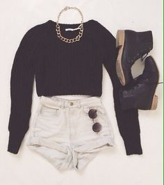 Black jumper || white shorts || black ankle boots || sunglasses || chain necklace ❤❤❤