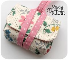 Cute pattern for a camera bag! @ Heart-2-HomeHeart-2-Home