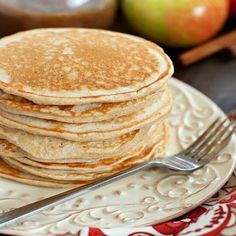 Cinnamon Applesauce Pancakes - 3 Smartpoints - weight watchers recipes