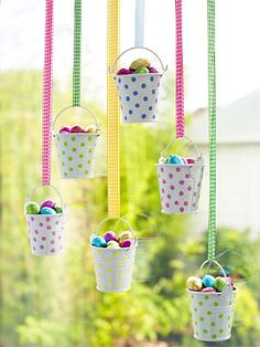 Make Easter egg buckets • Create a display of tiny buckets filled with Easter egg treats | all about you