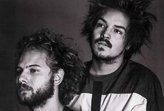 Milky Chance http://pausemusicale.com/milky-chance-feat-paulina-eisenberg-unknown-song/