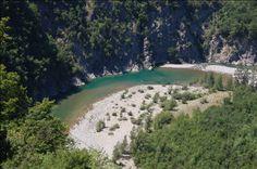 in spiaggia vicino a Milano, la val Trebbia è Il luogo ideale per sfuggire al caldo, dove fare il bagno e un picnic