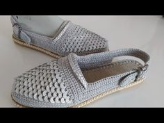 Crochet Videos, Tabata, Girl Photography, Mary Janes, Couture, Sneakers, Shoes, Fashion, Handicraft