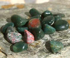 MOVING SALE.... Tumbled and Polished Bloodstone 1/4# - Reiki, Crystal Healing…