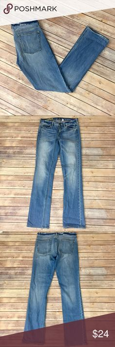 "✨J. Crew Matchstick Jeans✨ 27R. 98% cotton 2% spandex 32"" inseam. 15"" across Waist. 8"" front rise 13"" back rise. 7"" ankle opening laying flat    💕Need any other information? Measurements? Materials? Feel free to ask! 💕Unfortunately, I am unable to model items!  💕Don't be shy, I always welcome reasonable offers! 💕Fast shipping! Same or next day! 💕Sorry, no trades!  Happy Poshing!☺️ J. Crew Jeans"