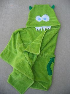 DIY-monster hooded towel