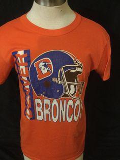 6a88e6c5779 Vintage 1980 s Denver Broncos 50 50 T-Shirt Thin and Soft