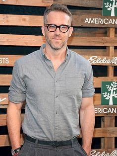 Ryan Reynolds is pulled-together and posh in sleek wayfarer-inspired specs with metal temple details.