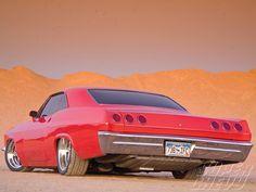 sucp_1009_03+1965_chevy_impala_SS+left_rear_angle.jpg (1600×1200)