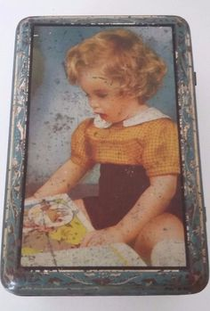 FRENCH LITTLE BOX 1900 LITHOGRAPHED SHEET METAL - CHILD DECOR