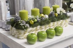 Green apples and green candles dining table decorations Lauren B. Christmas Advent Wreath, Christmas Lights, Christmas Time, Vintage Christmas, Christmas Crafts, Advent Wreaths, Christmas Centerpieces, Xmas Decorations, Advent Candles