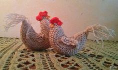 Handmade by Ecola & Dana Art - Wielkanocne kurki Crochet Chicken, Easter Crochet, Rooster, Diy And Crafts, Paste, Handmade, Crochet Patterns, Hand Made, Crochet Chart