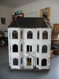 Dollhouse I'm thinking that if I had a dollhouse, I'd stop tryingto change my real house!