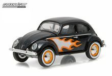 Greenlight 1:64 Club V-Dub Series 3 1949 Volkswagon Type 1 Split Window Beetle Black with Flames