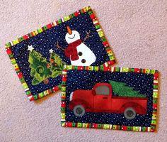 Lots of Christmas mug rug patterns! More