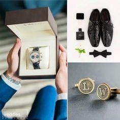 Düğünlerin baş kahramanları gelinlerimiz derken, damatlarımızı da unutmadık. Bu özel günde, şık ve özel damatlıkları süsleyen en güzel detaylar ve damat hediyeleri ile ilgili blog yazımızı okumak üzere sizi websitemize davet ediyoruz 📝 Class Ring, Polaroid Film, Blog, Blogging