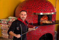 Francesco Acri, owner of popular New Lynn pizzeria Settebello, shares his favourite places to eat around Auckland city. Pistachio Gelato, Gingham Tablecloth, Bao Buns, Pizza Joint, Pickling Cucumbers, Favourite Pizza, City Restaurants, Wood Fired Oven, Craft Markets
