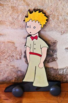 Touchons du bois, ça porte bonheur: Porte manteaux Le Petit Prince