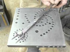 blacksmith bending jig demo.mp4 - YouTube