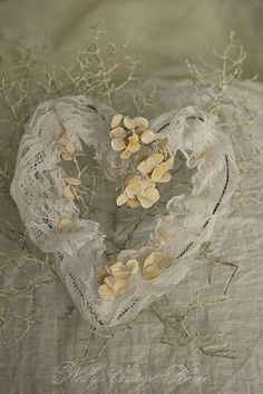 nelly vintage home: Sunday hearts
