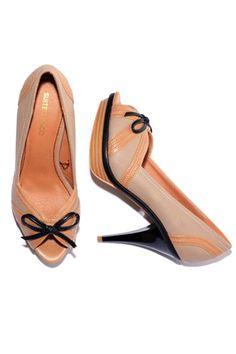 Zapatos Mujer – Suite Blanco Estilo Peep Toes en Beige de Segunda Mano e437b6e887c0