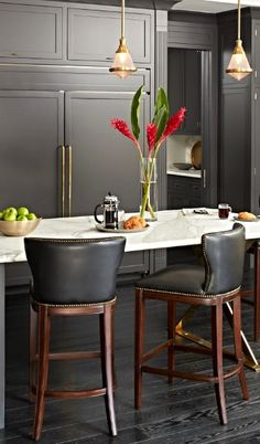 Mixing minimalist design and classic construction, our exclusive Marseille Bar Stool masters transitional style.