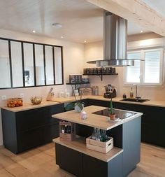 32 Open Concept Kitchen Room Design Ideas For Dummies 1 - homemisuwur Kitchen Room Design, Kitchen Interior, Kitchen Decor, Small Dining, Small Tables, Küchen Design, House Design, Design Ideas, Sweet Home