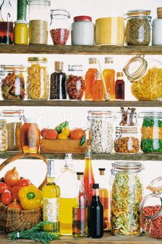 The well-stocked healthy kitchen - My Real Food Family Healthy Cooking, Cooking Tips, Healthy Eating, Healthy Recipes, Cooking Supplies, Healthy Food, Healthy Tips, Healthy Choices, Healthy Hair