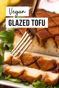 This 5-ingredient holiday glazed tofu is the perfect vegan alternative to a traditional ham roast. This is one of the easiest plant-based holiday main dish recipes you'll find, and also one of the most delicious. Tofu Recipes, Vegan Dinner Recipes, Whole Food Recipes, Vegetarian Recipes, Cooking Recipes, Healthy Recipes, Detox Recipes, Vegan Thanksgiving, Vegan Christmas