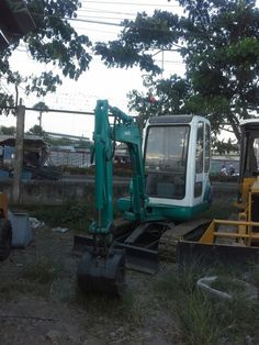 For sale!Japan surplus mini excavator Make: komatsu Engine: For more details & informationls call 09176381917 or visit us @ un avenue national highway mandaue city,cebu 6014 Cebu, Mini Excavator, Engine, Japan, Park, Motor Engine, Parks, Cebu City, Men's Fitness Tips