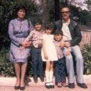 SUEÑOS GUAJIROS, RÚSTICOS, VI. Silviano Martínez Campos | Silviano's Weblog. Foto familiar, ciudad de México, Jardín de Santa María la Ribera, los ochenta.