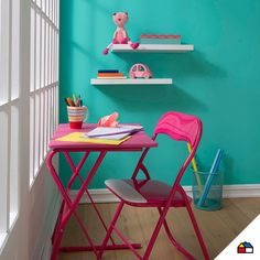 El espacio de estudio perfecto para las princesas de la casa. #Sodimac #Homecenter #sillas #escritorio  #espacio #hogar #inspiración #decoracion #homedecor