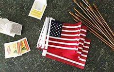 Learn how to make a last minute DIY American Flag Banner with burlap. The best part of all is there is no sewing involved at all! American Flag Banner, Decoupage, Pots, Flag Banners, Reno, Deco Mesh, Fourth Of July, Dollar Stores, Wind Chimes