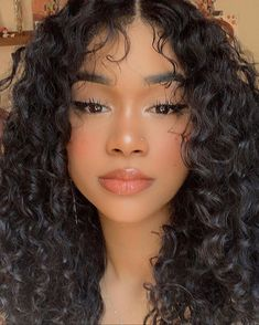 She slays in this curly hair wigs