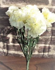 Carnation Bouquet With 11 Large Ivory Flower Heads