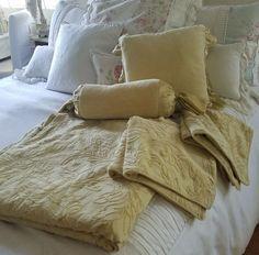 Bella Notte 5 piece set, Queen Duvet, 2 Euro Shams and 2 throw pillows in Honey | eBay