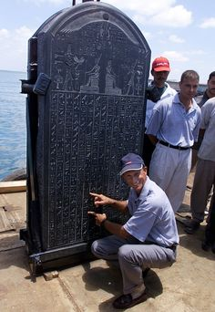 An ancient sunken city has been found off the Egyptian coast and its treasures uncovered by French underwater archaeologist Franck Goddio.