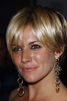 Sienna Miller , looks amazing with long bangs