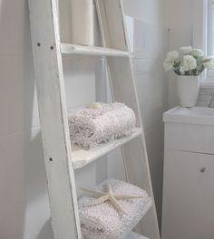simple shelf idea. I've always wanted ladder shelves.  Op shop shopping I go!