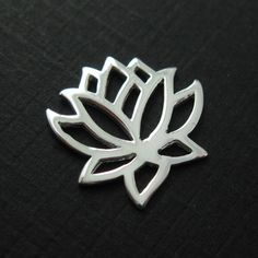 925 Sterling Silver Lotus Flower