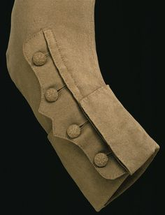 Coat Thick wool fabric lends a sculptural quality to the 'mariner's cuff' on this strictly utilitarian garment. Such a style of cuff was first seen on the coats worn by naval officers in the (navy uniform was not made official until and became 18th Century Clothing, 18th Century Fashion, 16th Century, Historical Costume, Historical Clothing, Mode Masculine, Riding Habit, Frock Coat, Fabric Manipulation