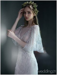 18 Vintage-Inspired Puff Sleeve Wedding Dresses That Make A Timeless Statement! wedding dresses romantic 18 Vintage-Inspired Puff Sleeve Wedding Dresses That Make A Timeless Statement! Gowns With Sleeves, Wedding Dress Sleeves, Puff Sleeves, Ethereal Wedding Dress, Wedding Gowns, Pretty Dresses, Beautiful Dresses, Vintage Inspiriert, Bridal Dresses