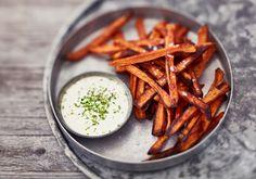 Bataattiranskalaiset - Reseptit - Arla Deli, Carrots, Baking, Vegetables, Ethnic Recipes, Food, Party, Bakken, Essen